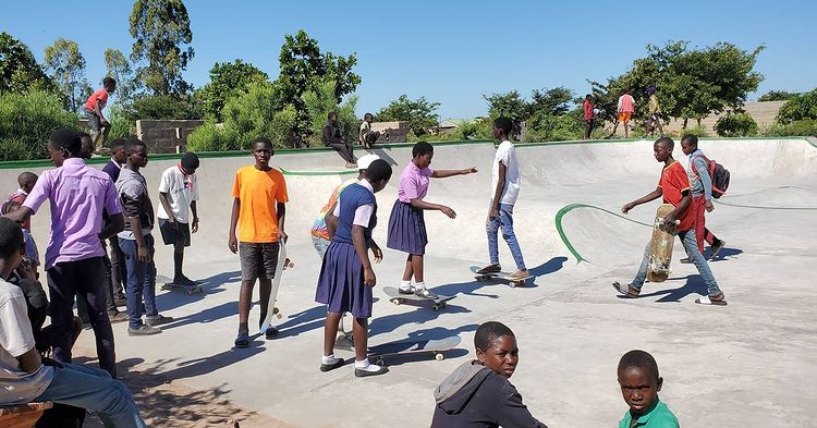Lukaba Hande Skatepark Photos